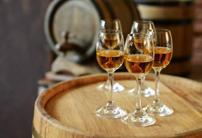 vini-bianchi-del-nord-Italia Peperoncino di Calabria: storia e ricetta dei bucatini con le alici