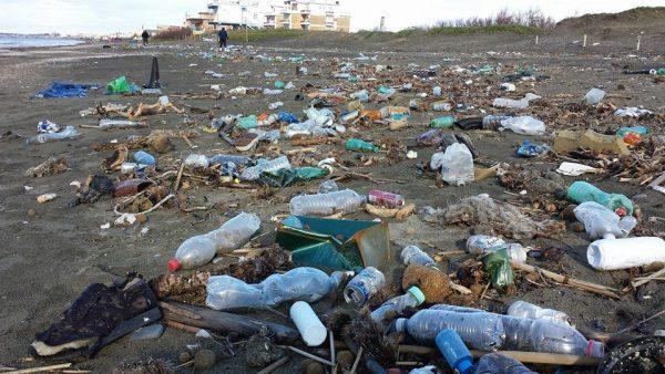 629-e1510668626664 Plastica negli oceani: un inquinamento irreversibile dai danni incalcolabili