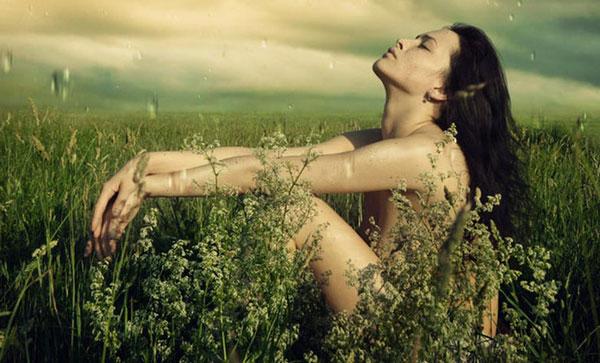 donna-in-percezione-della-natura La green economy è l'economia del futuro