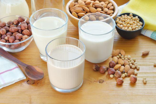 latte-vegetale-1-maxw-654 Latte vegetale: quante tipologie sono presenti in commercio?